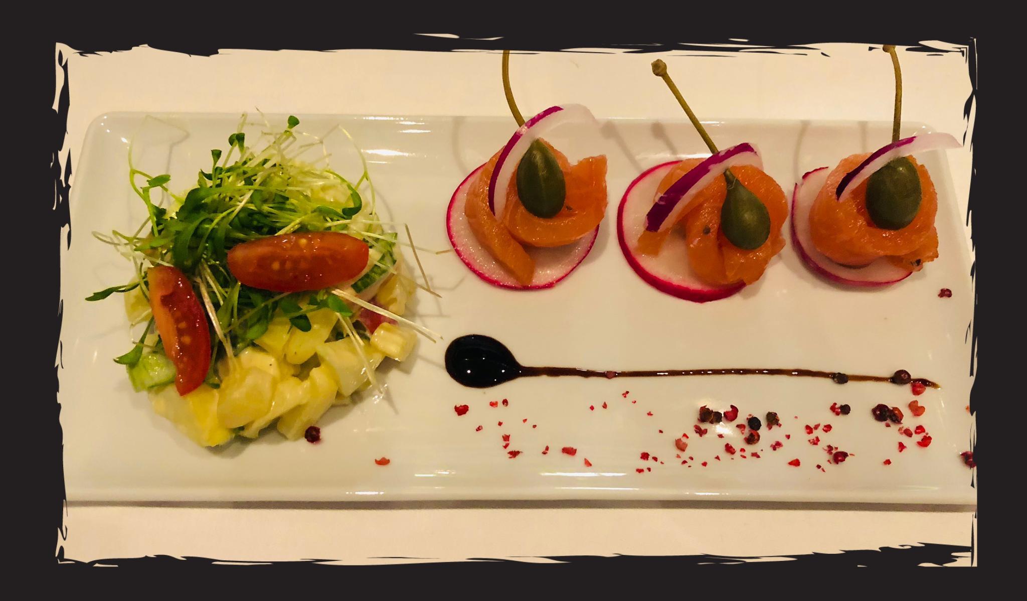 Graved Lachs mit lauwarmem Kartoffel Apfelsalat